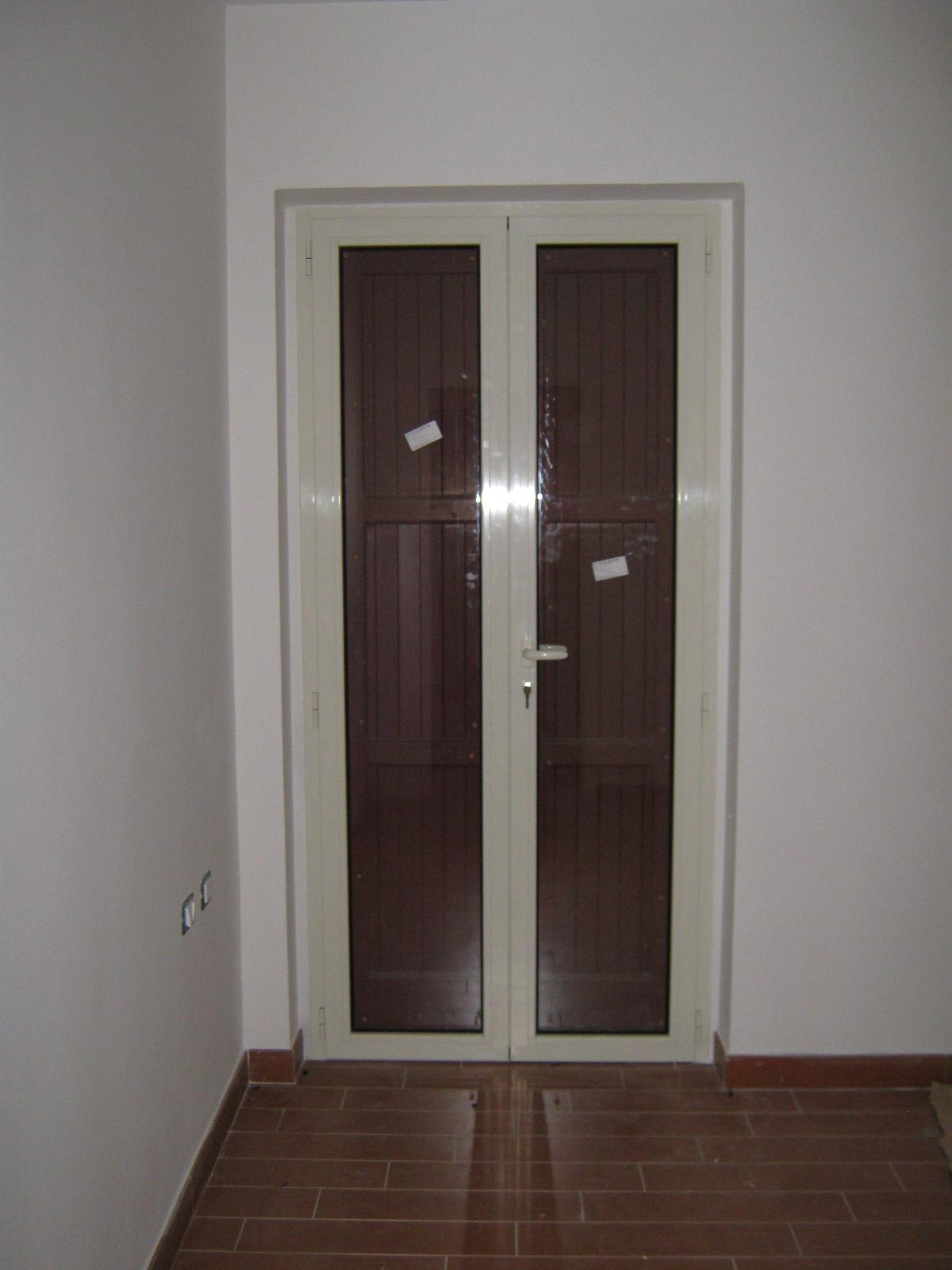 Infissi in alluminio fratelli bucci infissi in alluminio e ferrofratelli bucci infissi in - Porta finestra in alluminio ...